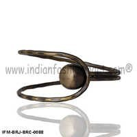 Comely Roundella - Brass Bracelet