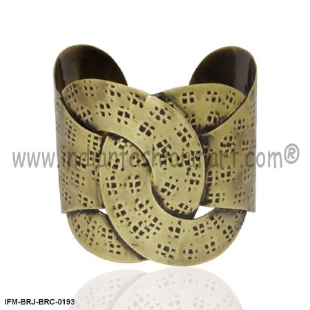 Expression of Affinity - Wrist cuff