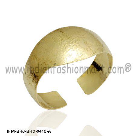 Futz n De-stress - Brass Cuff