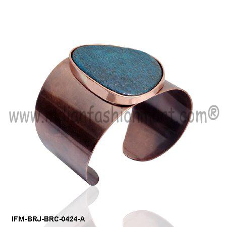De Rigueur  Puissance  - Copper cuff