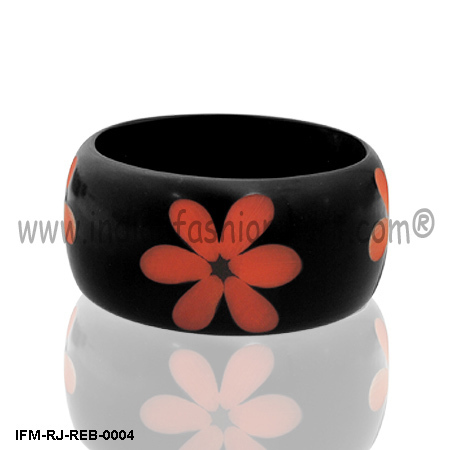 Naughty Daisy - Resin Bangle