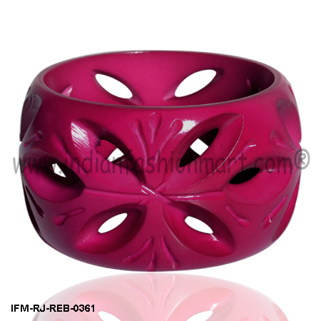 Windows to Passion - Resin Bangle