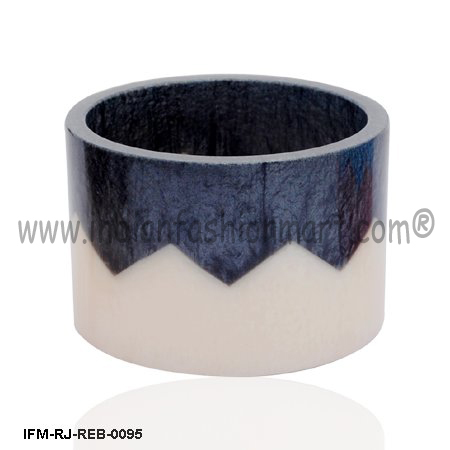 Power  Zippy  - Resin Bangle
