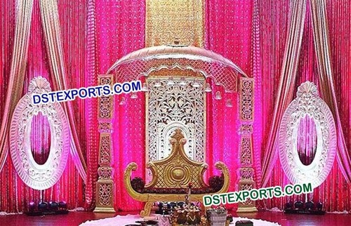 Pakistani Wedding Golden Stage Set