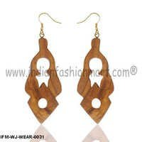 Love Bohemia  -  Wooden Ear Rings