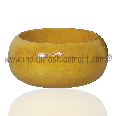 Pious Radiance -Wooden Bangle