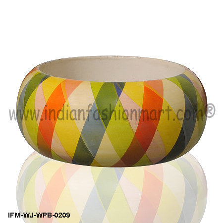 Sunrise Spread -Wooden Bangle