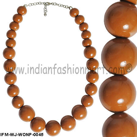 Nimiety  of Ginger  - Wooden Necklace