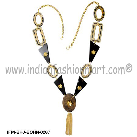 Bon Finesse - Horn Fusion Necklace