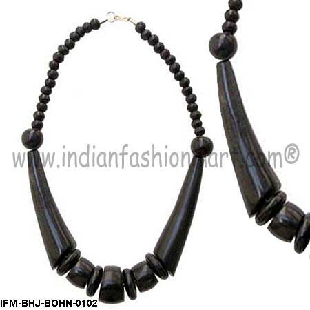 Gab n Yum  - Horn Necklace