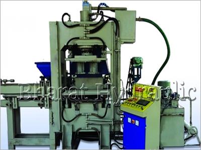 Semi Automatic Bricks & Paver Block Machine