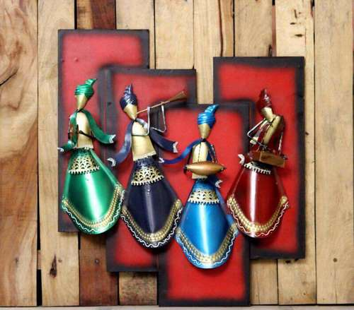 Dancing Wall Decor