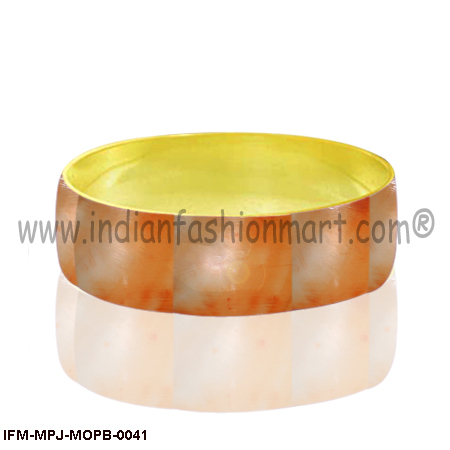 Comely Abella - Mother of Pearl Bangle