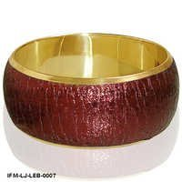 Snazzy  Crinkle  - Leather Bangle