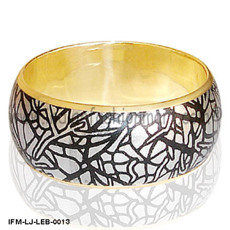 Rhumba Trance -Leather Bangle