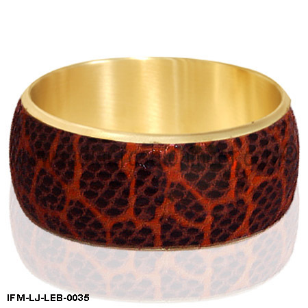 Wrig-love Beauty - Leather   Bangle