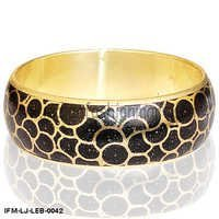 Anilove Pal  -  Leather Bangle