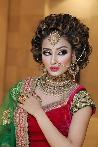 Best Bridal Makeup artist Services