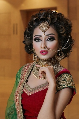 Ladies Bridal Makeup Services