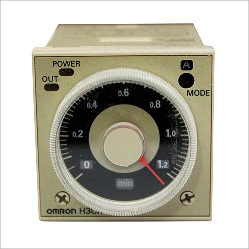 Omron Panel Meter