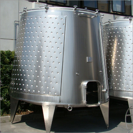 Red Wine Fermentation Tank