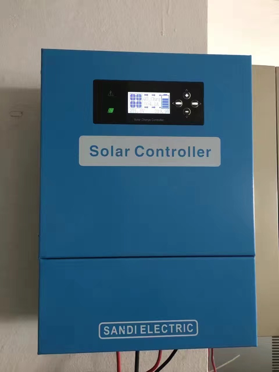 240 V Solar PV Charge Controller