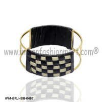 Corybantic Modish - Brass Bangle