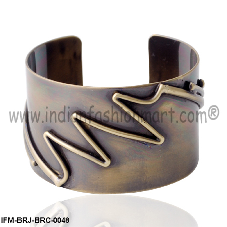 Zippy Fusion - Brass Cuff