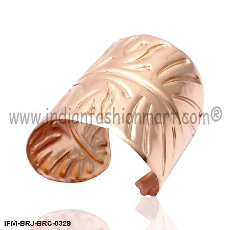 Seductive Tropica    -  Copper cuff