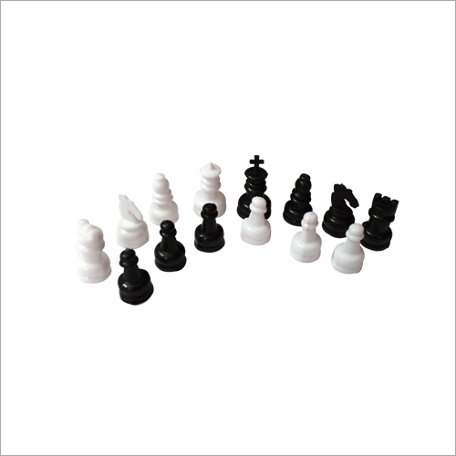 Non Megnatic Chess Set