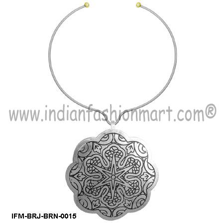 Zingara Floret - Brass Necklace