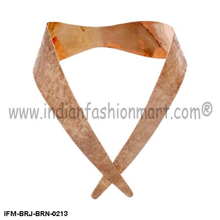 Magniloquent  Savoir Faire - Copper Collar