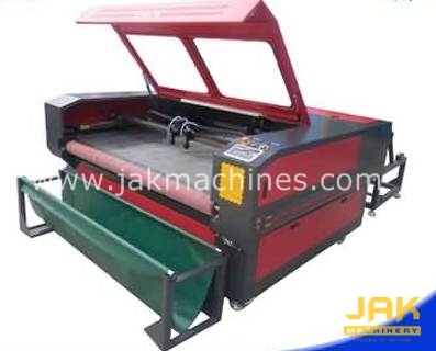 Auto Feed Fabric Cutting Machine