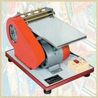 HAND WET GLUE LABELLING MACHINE