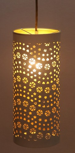 STAR CUTTING CYLINDRICAL PENDANT LAMP