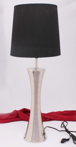 SILVER TOWER TABLE LAMP