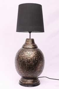 BRASS ANTIQUE GLOBE TABLE LAMP
