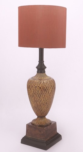 SQUARE BASE BHATTI ANTIQUE TABLE LAMP