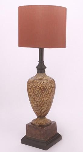 SQUARE BASE BHATTI ANTIQUE TABLE LAMP