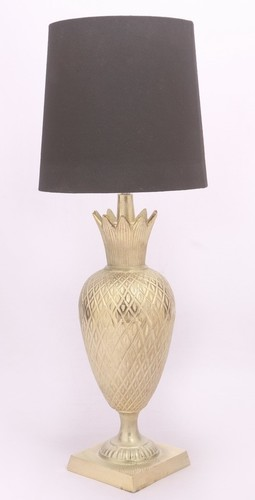 PINEAPPLE ENGRAVED STYLISH TABLE LAMP