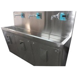 Stainless Steel Surgical Scrub Sinks