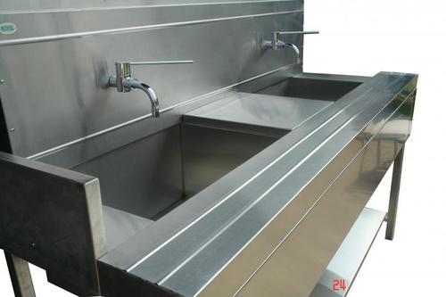 Medical Scrub Sink Station