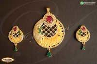 Women trendy pendents