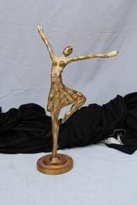 METAL DANCING FIGURINGS