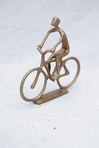 METAL CYCLING STATUE