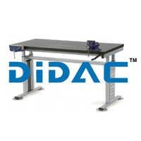 Height Adjustable Work Bench