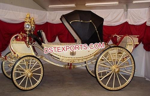 Elegance Wedding Victorian Horse Drawn Carriage