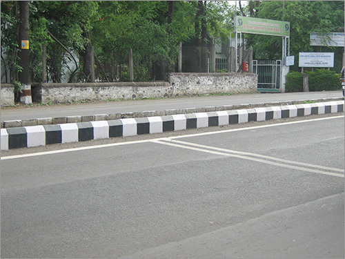Concrete Road Divider