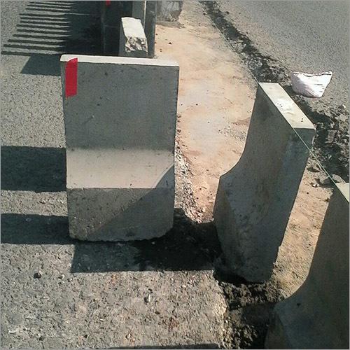 Precast Concrete Barriers