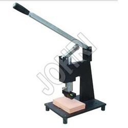 Dumbbell Cutting Press